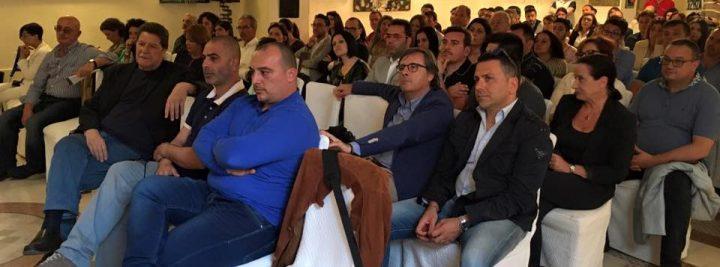 A sinistra Enzo Sculco, presente come sempre