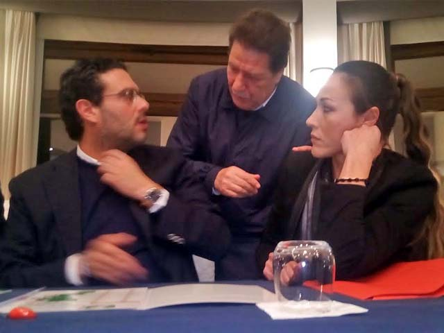Ernesto Carbone, Enzo e Flora Sculco (via laprovinciakr.it)